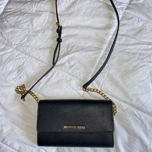 Micheal Kors Jet Set Large Phone Crossbody Bag